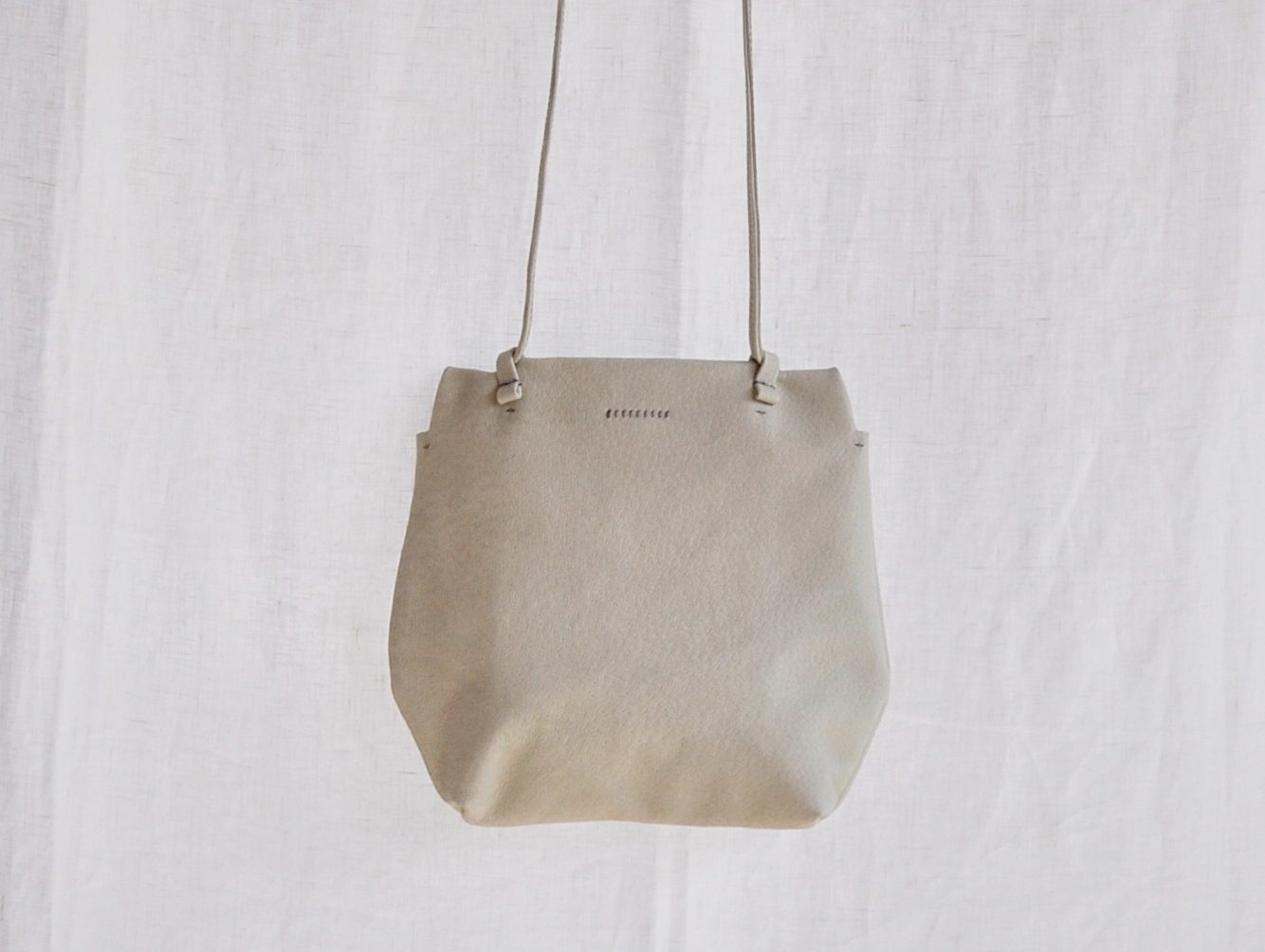 六角形のバッグ
