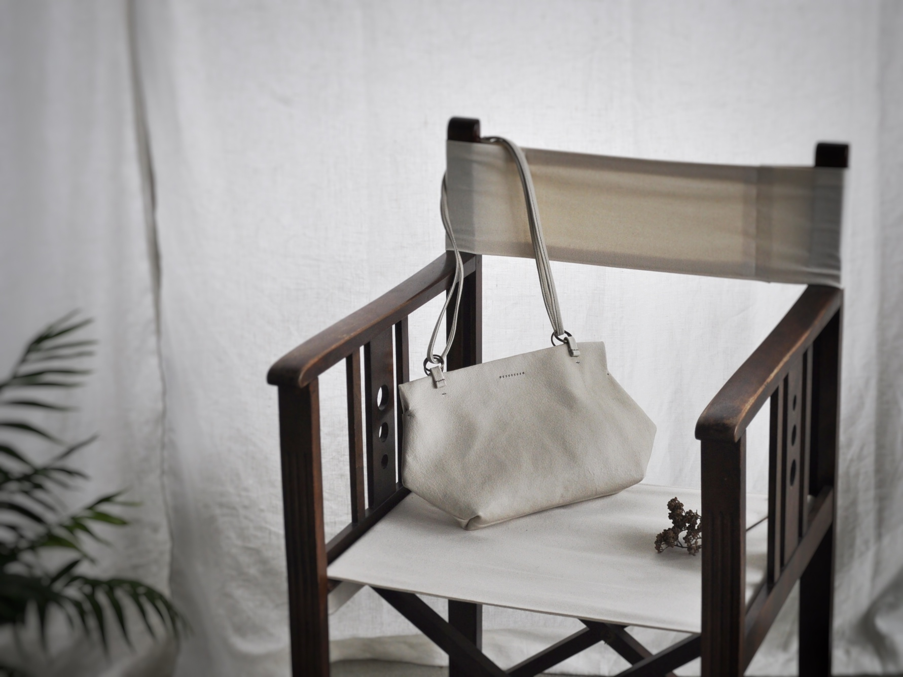 オーダーいただいたバッグのご紹介です。